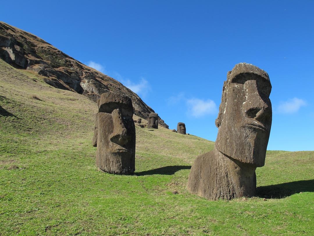 De Waggelende Beelden Van Rapa Nui Leonard Victor Rutgers